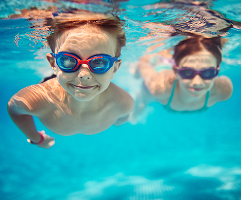 Children swimming thumbnail